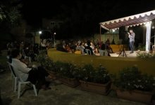 Mislata vive una noche de monólogos en valenciano