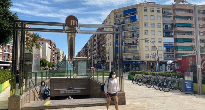 Les targetes Mobilitat Jove de Mislata fomenten l'ús del transport públic entre estudiants