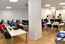 """Alfafar inicia el curs """"Activitats auxiliars de comerç"""" per a la inserció laboral"""
