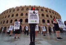 """Antitaurins es concentren per a demanar una normalitat """"lliure de festes cruels"""""""