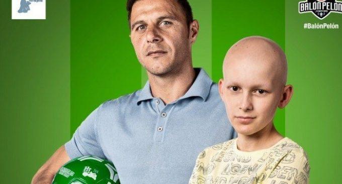 La Fundació Juegaterapia presenta el 'Balón Pelón' per a ajudar a xiquets amb càncer