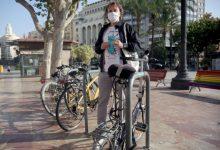 València llança una campanya per promoure l'aparcament segur de les bicicletes al carrer