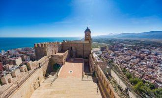 El Castell de Cullera resistix davant la pandèmia