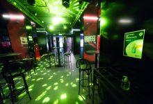 Dj's i cambrers de València se sumen als tancaments en discoteques