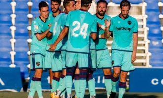 El Levante UD, invicte, aconsegueix la seua segona victòria de la pretemporada davant del FC Cartagena (2-1)