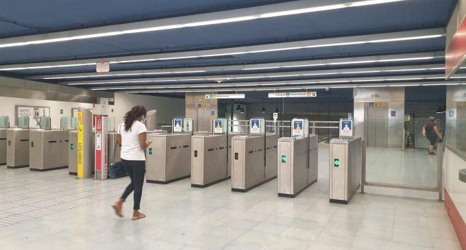 Ferrocarrils de la Generalitat facilita l'ús de targeta de crèdit per a pagar a l'interior dels trens i tramvies
