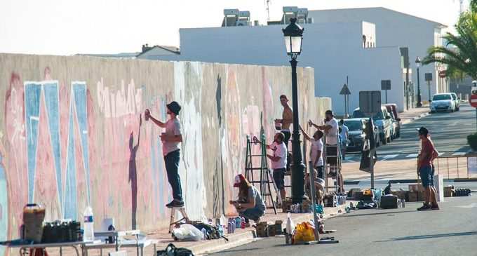 Grafitis i exposicions en un format més íntim a ''Rafelbunyol Final de Trajecto Special Edition'