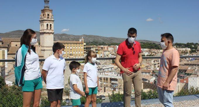 Els centres educatius d'Ontinyent culminen la tornada a les aules amb les més de 8.000 mascaretes facilitades per l'Ajuntament