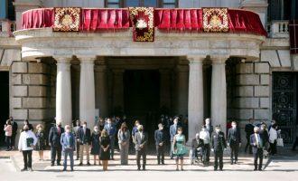 Ribó: «el lliurament d'honors i distincions simbolitza la unió de la societat valenciana, que necessitem ara més que mai per a superar adversitats i afrontar reptes»