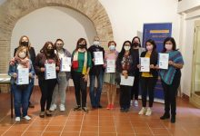 L'Ajuntament de València lliura els diplomes a les 26 persones participants en els cursos d'inserció sociolaboral