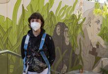 La UPV i las Naves homenatgen a Jane Goodall amb un impactant mural en el Bioparc de València