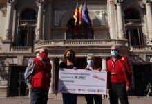 El circuito de carreras populares de València dona más de 16.000 euros a Cruz Roja