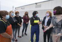 La delegada del Govern i l'alcaldessa de Gandia reivindiquen el treball de Dones de la Mar