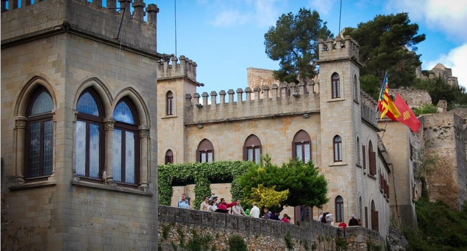 """Raquel Caballero: """"Nuestro objetivo siempre ha sido que los visitantes del Castillo se vieran reflejados en buenas cifras económicas en la hostelería y el comercio de Xàtiva"""""""