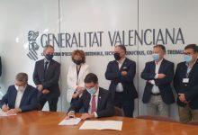 La Universitat Politècnica de València i l'Ivace creen la Càtedra del Sector Tèxtil