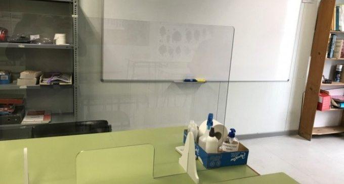 L'Escola d'Adults de Sedaví adapta les seues classes a les mesures del coronavirus