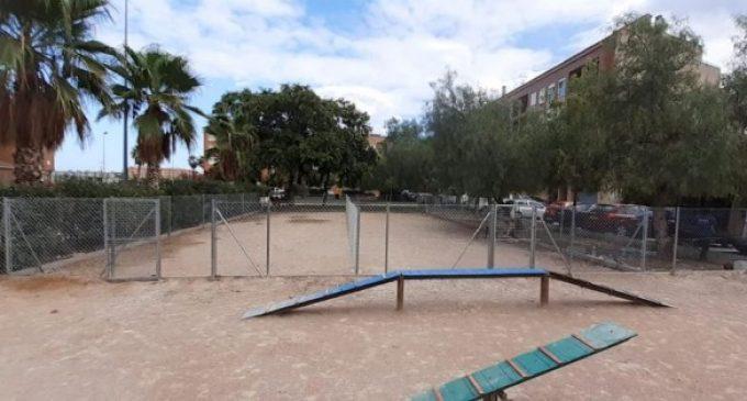 Benetússer amplia el área de perros en el parque de Monte Alto y acondiciona el del Barri de l'Estació