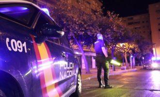 La Policia sorprén 30 joves de festa en una residència d'estudiants de València