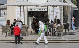 Las nuevas restricciones castigan a los bares, restaurantes y cafeterías