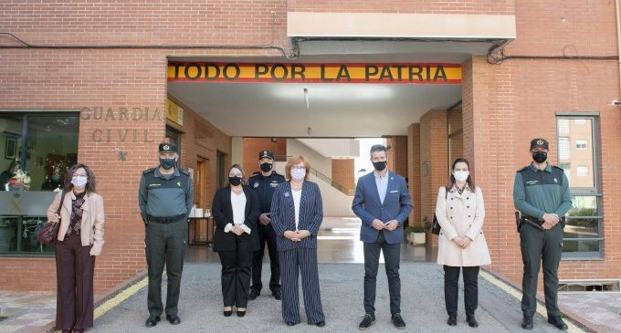 La caserna de la Guàrdia Civil d'Almussafes inaugura la seua oficina VioGén
