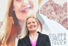 La investigadora valenciana Dolors Corella protagonitza l'últim dels murals 'Dones de Ciència'