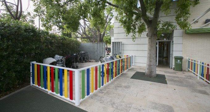 Gandia inverteix 26.000 euros en la millora dels patis de les escoletes infantils municipals