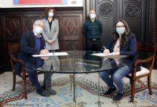 """Oltra i Ribó signen el conveni """"València inclou"""" per a facilitar la inclusió social de persones migrants per 220.000 euros"""