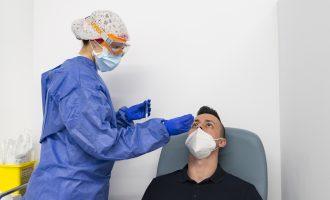 Set brots de coronavirus contagien a 37 persones a l'Horta