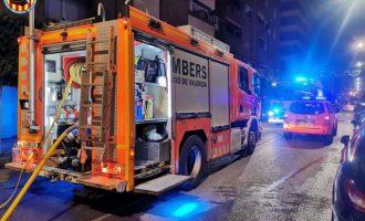 Troben el cos calcinat d'una persona en l'incendi d'un habitatge de Port de Sagunt