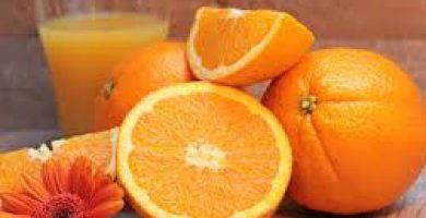 El Govern preveu pujar un 11% l'IVA del suc de taronja