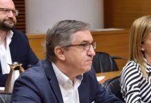 """Rovira (PP) adverteix: """"El que pretén el Consell amb el requisit lingüístic és catalanitzar a la Comunitat Valenciana"""""""