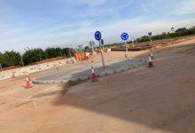 Alcàsser millora l'encreuament del camí de la Clavera amb la construcció d'una rotonda