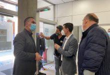 Burjassot adquireix 7 sensors d'accés i desinfecció que se situaran en diferents dependències municipals