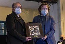 La Junta Municipal de Ciutat Vella entrega los galardones 19/20 y los del concurso fotográfico Francesc Jarque