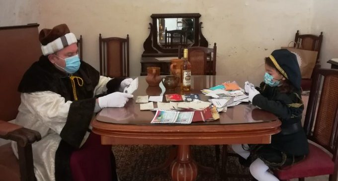 Paterna dona inici al Nadal més segur amb el Betlem Vivent i la recollida d'aliments