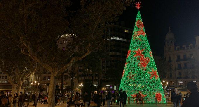 """El PP critica que València siga """"l'última gran ciutat espanyola"""" en encendre les llums de Nadal """"amb poques llums i moltes ombres"""""""