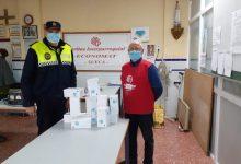 La Policía Local de Sueca reparte lotes de mascarillas a asociaciones sin ánimo de lucro de la ciudad