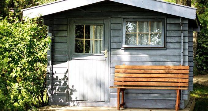 Avantatges de les casetes de fusta per a condicionar el teu jardí