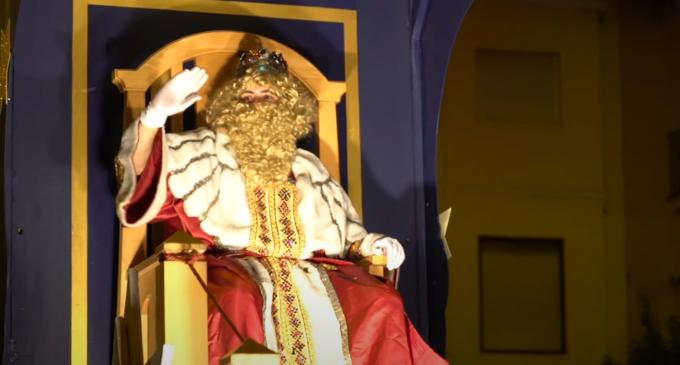 Carcaixent acerca la magia de los Reyes Magos a los centros escolares
