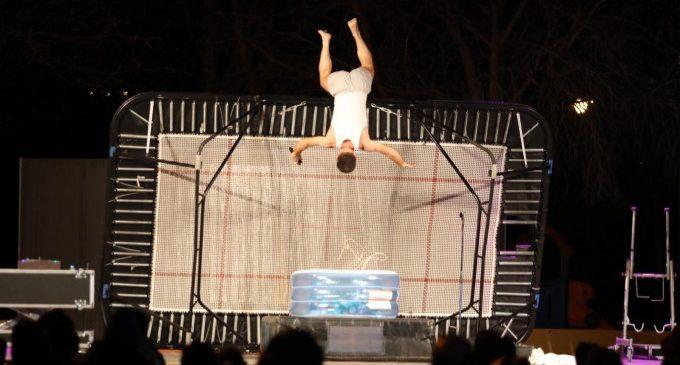 Ontinyent acosta el circ i teatre als barris amb espectacles simultanis