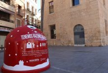 """Ecovidrio posa en marxa a Llíria la campanya """"Tenim Raons de pes"""" per a promoure el reciclatge d'envasos de vidre durant el Nadal"""