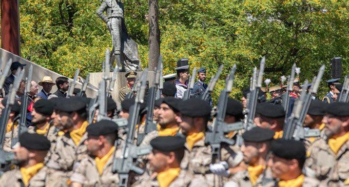 """Militars es concentren a València per una carrera i retribucions """"dignes"""""""