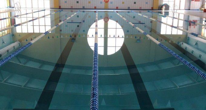 Manises tanca definitivament la piscina coberta i escometrà una reforma integral per a millorar la instal·lació esportiva
