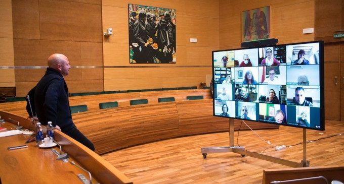 Toni Gaspar es reuneix amb els alcaldes i alcaldesses de La Costera i La Canal per a conéixer les necessitats dels seus municipis