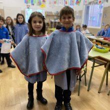 Xàtiva aprueba las bases de las subvenciones para la adquisición de ponchos para el frío para los escolares
