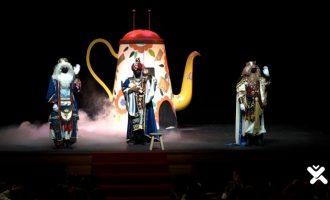 Els Reis Mags visiten Catarroja amb una atmosfera d'il·lusió i màgia més viva que mai