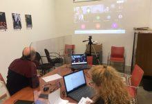 La Mancomunitat de l'Horta Sud organiza un taller para motivar a los mayores de 50 años a aprovechar su experiencia en la búsqueda de empleo