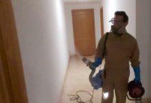 Almussafes desinfecta gratuïtament els espais comuns dels edificis amb persones contagiades