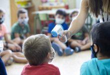 Els centres escolars valencians es mantenen amb una incidència mínima de la Covid-19