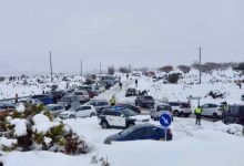"""La Guàrdia Civil atén """"multitud"""" d'incidències de vehicles que s'havien anat a veure la neu"""